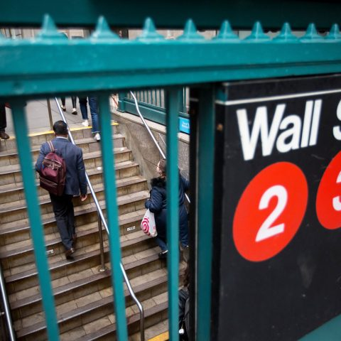 stocks-fall-in-wild-session-to-close-out-big-losing-week-for-tech