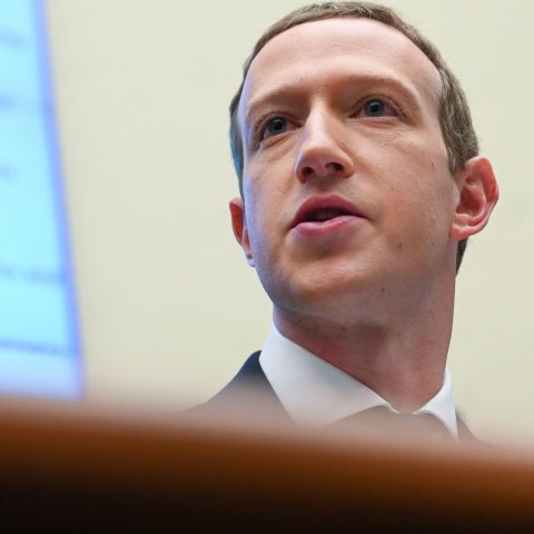 facebook-defends-decision-to-bring-content-moderators-back-to-offices-despite-covid-19-risks