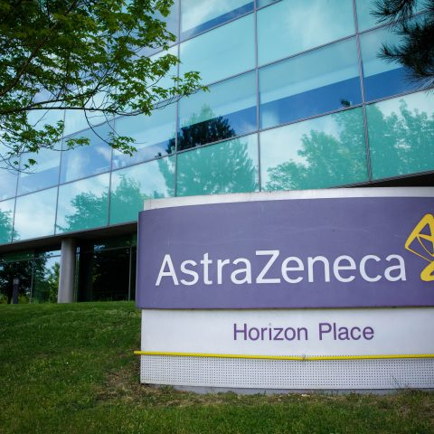 astrazeneca-and-oxford-defend-covid-vaccine-trials-after-questions-raised-in-the-us.