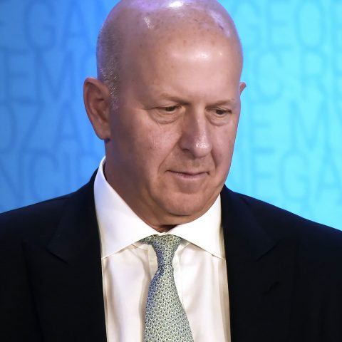 goldman-sachs-ceo-david-solomon-gets-$10-million-pay-cut-over-bank's-role-in-1mdb-scandal