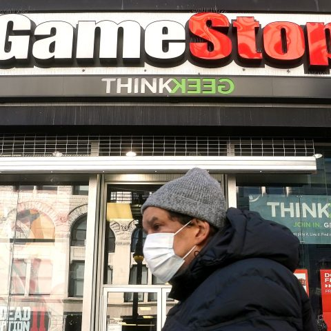 gamestop-shares-fall-another-40%,-lose-over-half-their-value-in-two-days