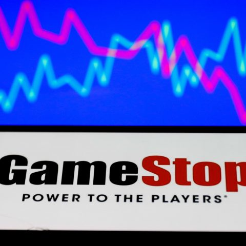 gamestop-shares-jump-25%-after-adding-an-executive-to-oversee-e-commerce