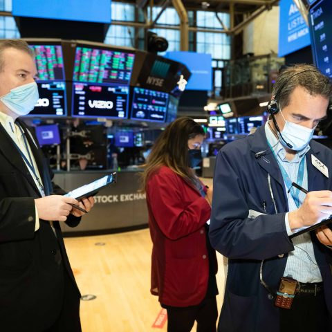 this-week's-market-decline-looks-like-a-brief-pause-for-now,-analysts-say